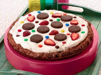 Thin Mint Ice Cream Pizza