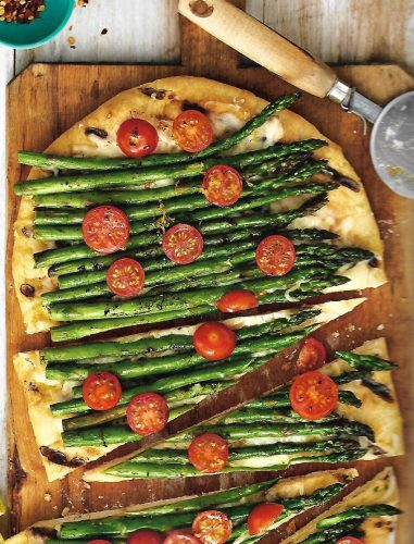 Reduce heat to medium – low semicolon flip crust and brush with garlic mixture. Top with mozzarella, asparagus, and tomatoes. Close lid and grill until mozzarella is melted and bottom of crust is brown, 5 to 8 minutes.