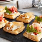 Entertain With Simple Holiday Hors d'Oeuvres