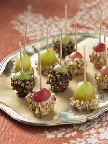 Grape Tuxedo Bites: Chocolate Toffee