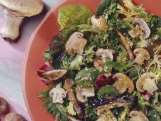 Grilled Oriental Mushroom Salad