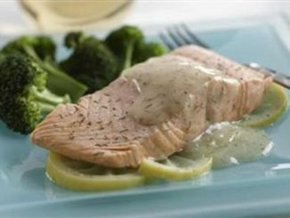 Salmon with Lemon Sauce