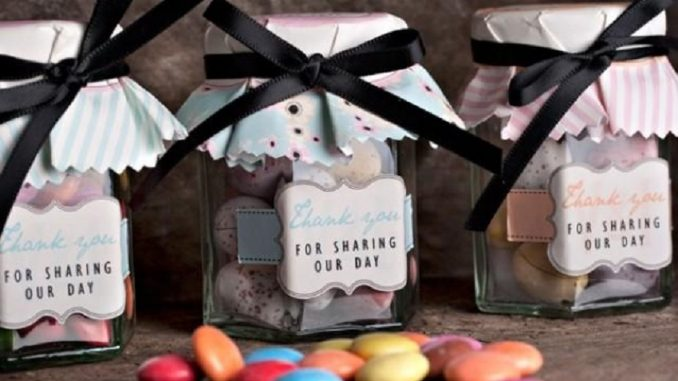 9 Easter Wedding Favor Ideas